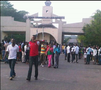 Flash! Ogun: Olabisi Onabanjo Varsity Students' Protest ...